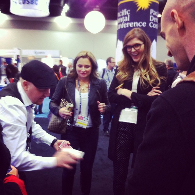 Toronto corporate magician at trade show
